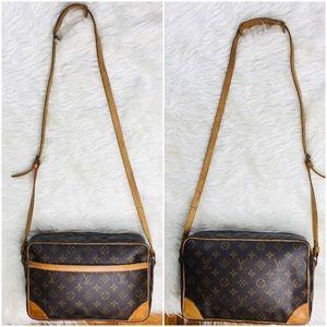 😍🔥 LOUIS VUITTON Crossbody Vintage Bag
